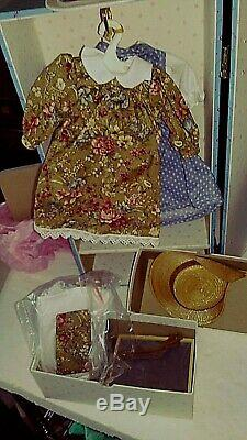 All Orig. Madame Alexander Anne Of Green Gables Goes To School Doll & Trunk Set