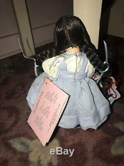 Dorothy & Toto Madame Alexander Doll Wizard Of Oz #464 8 NIB Yellow Brick Stand