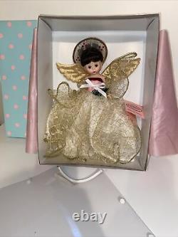 Hard To Find 2015 Madame Alexander 8 Doll GOLDEN ANGEL TREE TOPPER 71050