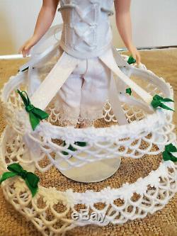 Madame Alexander 10 Scarlett Mammy Flower Dress with Dress Form 15020 & 15060