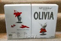 Madame Alexander 2001 Olivia Fao Schwarz Trunk Set Mib