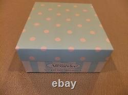 Madame Alexander 8 Doll, Wendy Loves Curious George (Doll+Plush) 2003 MIB 42575