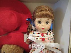Madame Alexander 8 Doll Wendy loves Paddington Bear Trunk set 50360 2010 new
