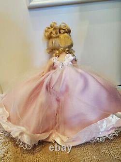 Madame Alexander 8 Millennium Bouquet 27220 LTD Ed RARE