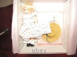 Madame Alexander 8 Signature Wendy Doll
