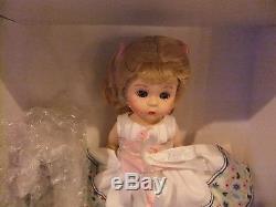 Madame Alexander 8Wendy Doll, Hickory Dickory Dock & clock Nursery Rhyme 4245
