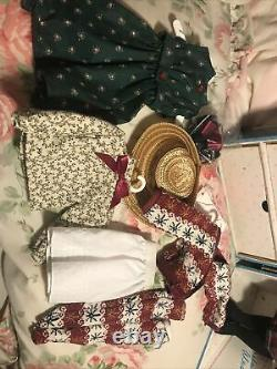 Madame Alexander Anne's Trunk Set With 14 Doll, Doll Trunk And Wardrobe 1502