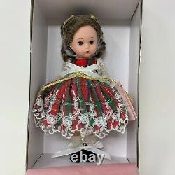 Madame Alexander Christmas Holly 8 Doll #34535 Lenox Ornament 2002 New in Box