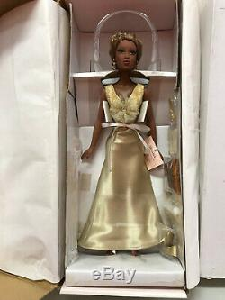 Madame Alexander Paris'Greed' Alex Fashion Doll gold gown NRFB
