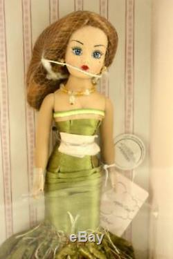 NIB Coquette Cissy Madame Alexander Fashion Doll Red Hair Blue Eyes 10