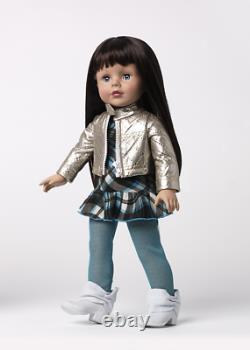New in Box Madame Alexander Silver Glam 18 inch Play Doll # 68890 Retired