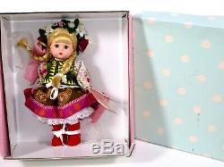 Nib Madame Alexander Doll 8 Ukraine #34325
