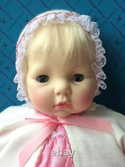 RARE 20 Madame Alexander VICTORIA Baby Doll with Rooted Hair #5770 NEW IN BOX
