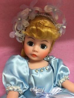 RARE MIB Madame Alexander 10 1989 DISNEY CINDERELLA Walt Disney Limited & PIN