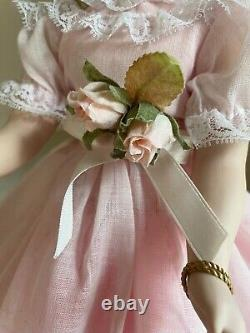 Vintage Madame Alexander Porcelain PRINCESS MARGARET ROSE1998 Limited Edition